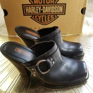 Harley Davidson Black Leather silver buckle clogs